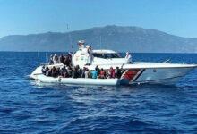 بعدما صدتهم اليونان.. 3 سوريين يعودون سباحة لتركيا