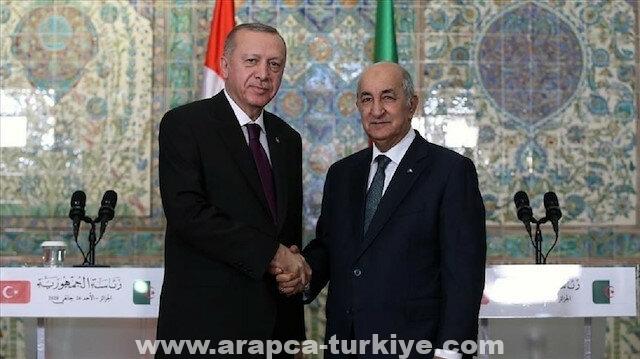 أردوغان ونظيره الجزائري يبحثان التطورات في تونس