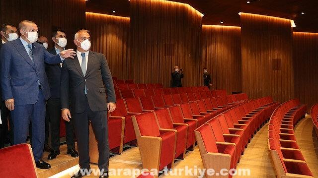 أردوغان يتفقد أعمال بناء مركز أتاتورك الثقافي بإسطنبول