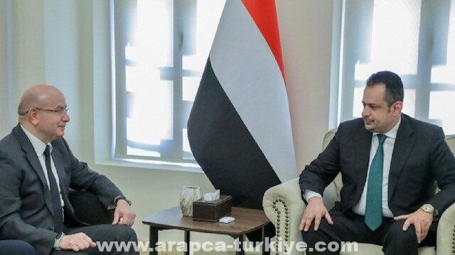 رئيس وزراء اليمن والسفير التركي يبحثان تعزيز العلاقات